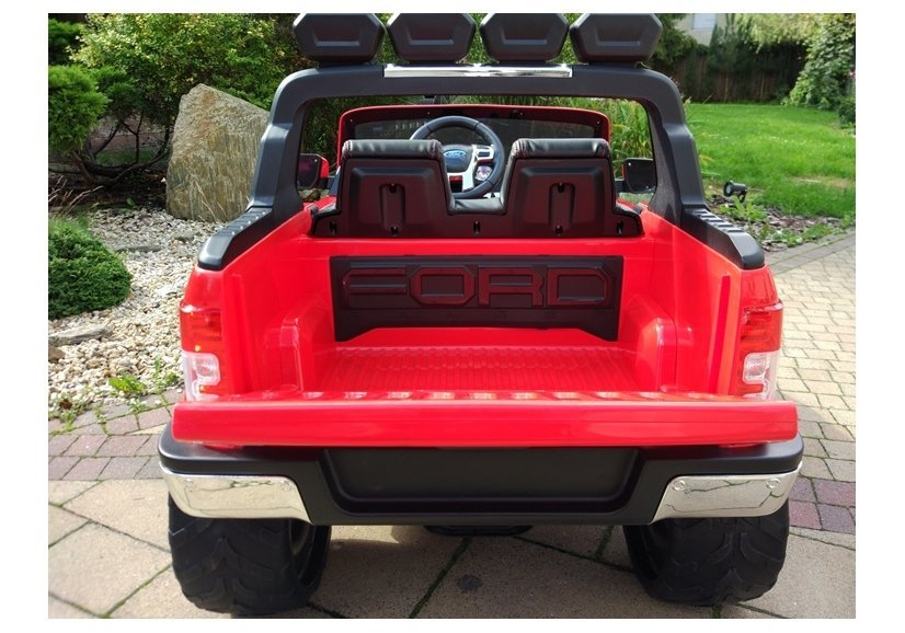 pol_pl_Auto-na-akumulator-Ford-Czerwony-